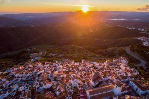 Fotografia Aerea Malaga #5: Vista-aerea-drone-atardecer-canillas-de-aceituno-305x203.jpg