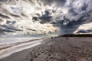 Después de la tormenta en Desembocadura del Rio Velez